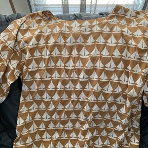Beige top with white sailboat print!